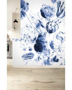 Fotobehang Royal Blue Flowers II van KEK Amsterdam in diverse formaten